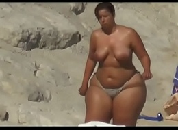 xhamster.com 8193324 big ass unceasingly in beach 480p