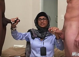 Massive coloured ding-dong for an arab hottie