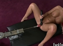 Masturbating blonde playthings snatch using dildo